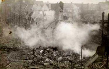 Bommen op de Euterpestraat  - 26 november 1944