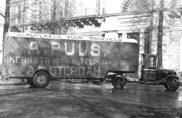 Verhuiswagen van de firma Abraham Puls